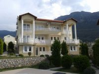 First Floor Apartment with 3  Bedrooms, Shared Pool Ovacik